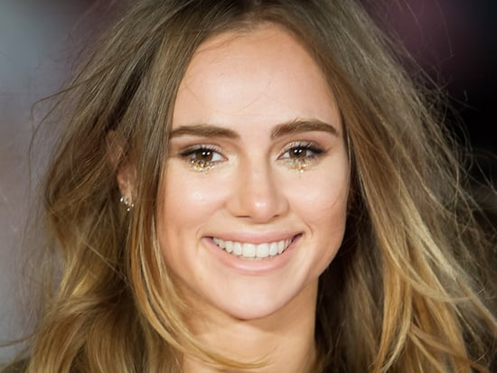 We Tried It: Suki Waterhouse's Glitter Tears Eye Makeup