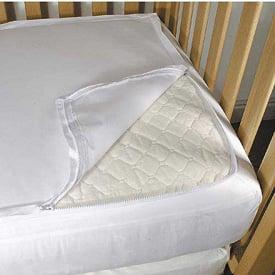 QuickZip Crib Sheet Eases Linen Changes