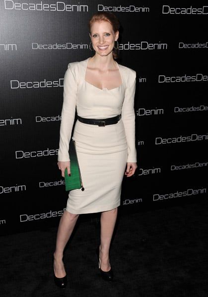 Classy and very ladylke in cream and black.