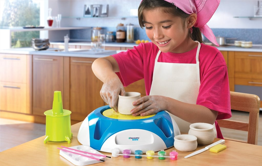 For 7-Year-Olds: Discovery Kids Motorized Pottery Wheel