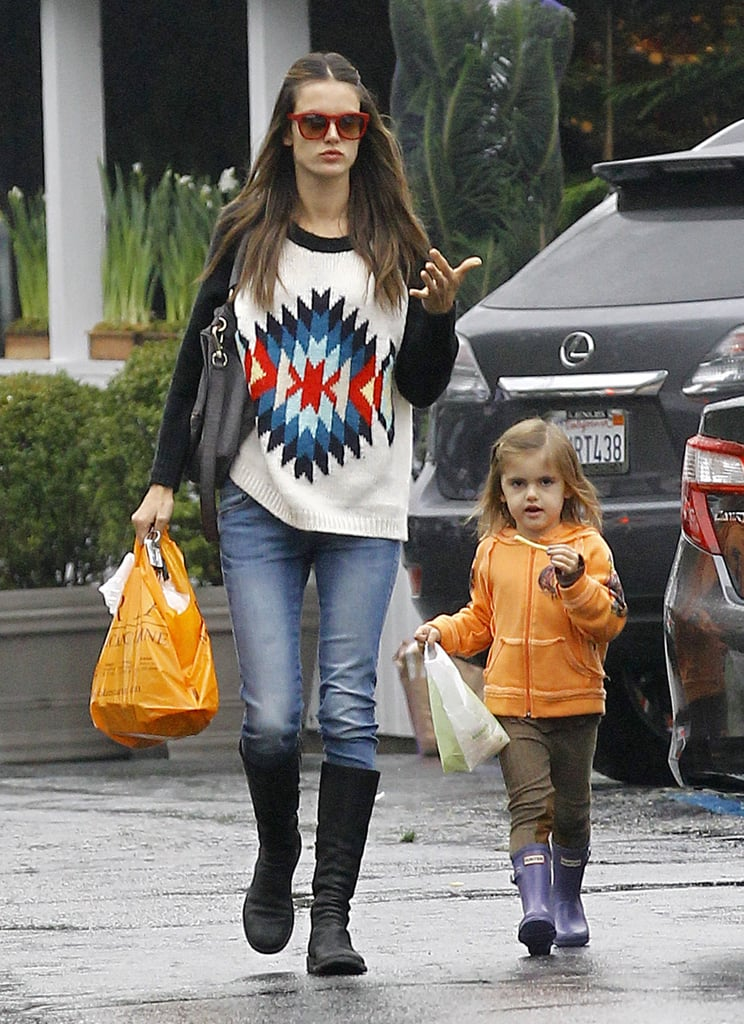 Alessandra Ambrosio and her daughter ran errands.
