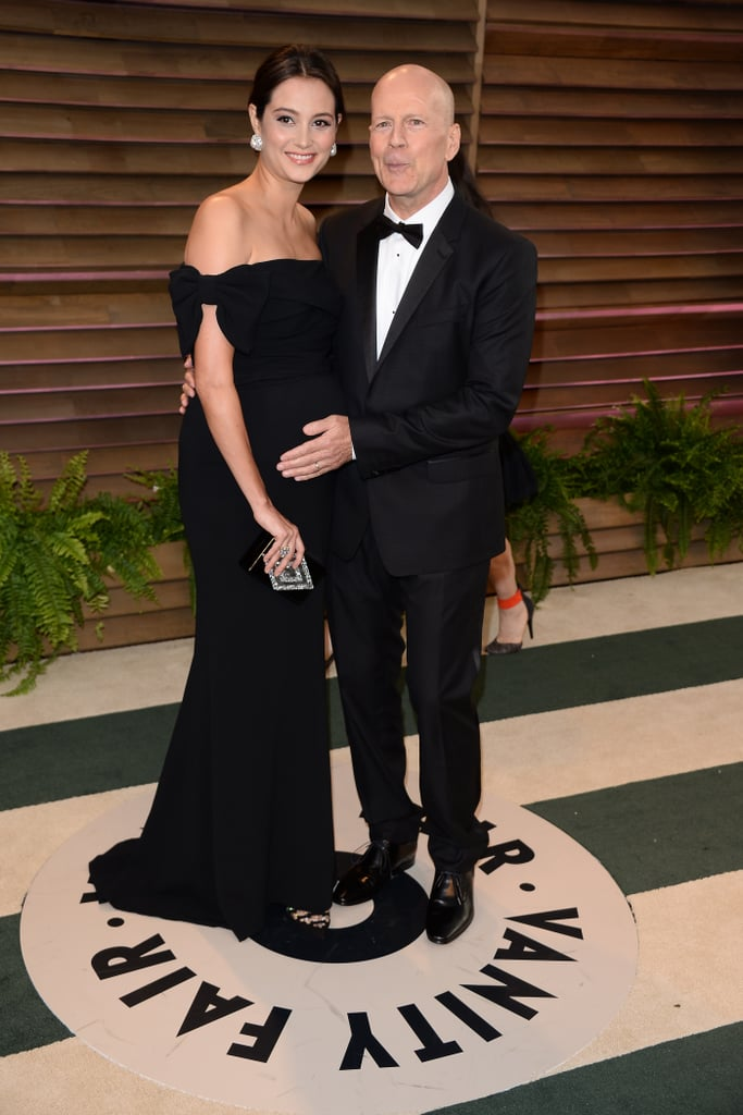 Bruce Willis rubbed his wife Emma Heming's pregnant belly.