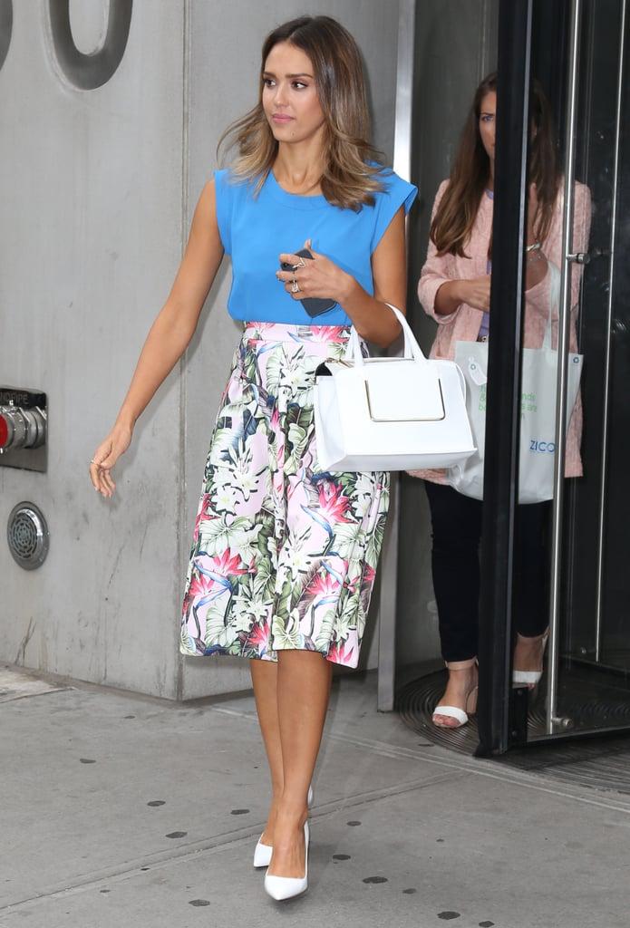 Jessica Alba in Floral Topshop Skirt