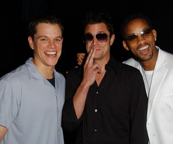 Matt Damon, Johnny Knoxville, and Will Smith joked around backstage in 2002.