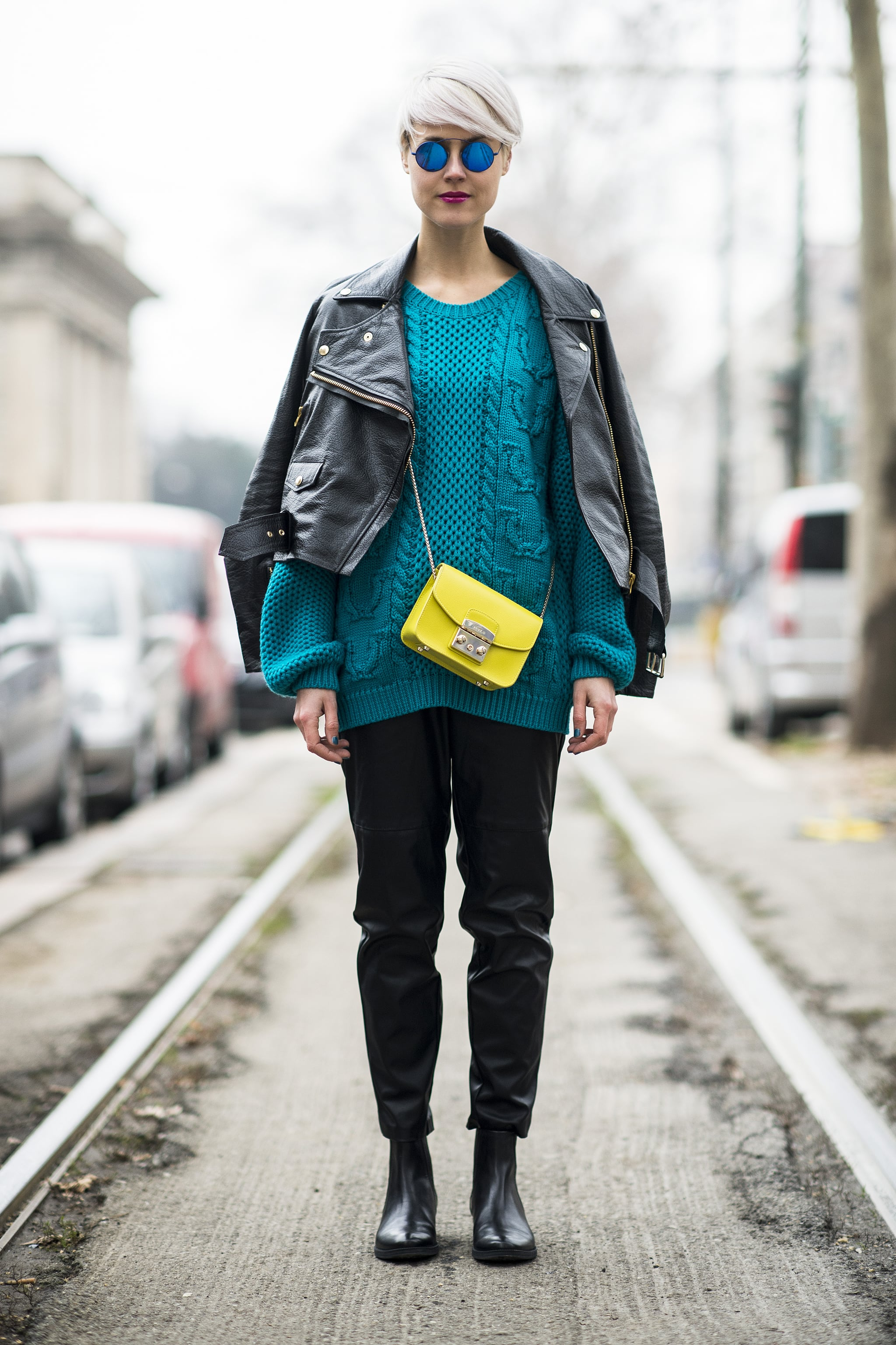 Two brights are better than one.  Source: Le 21ème | Adam Katz Sinding