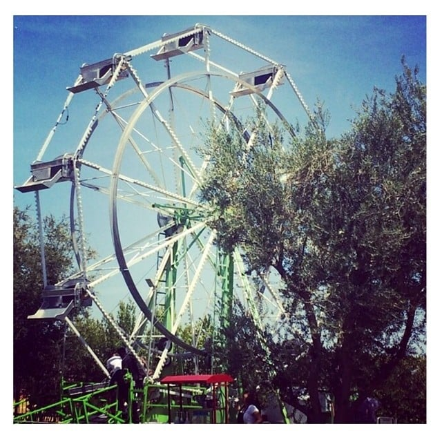 Kim took a picture of the Ferris wheel.  Source: Instagram user kimkardashian