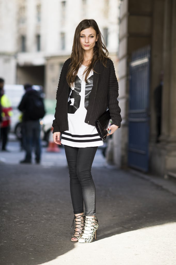 This look doesn't just touch on the sporty trend, it shows off the classic color combo too. Source: Le 21ème | Adam Katz Sinding
