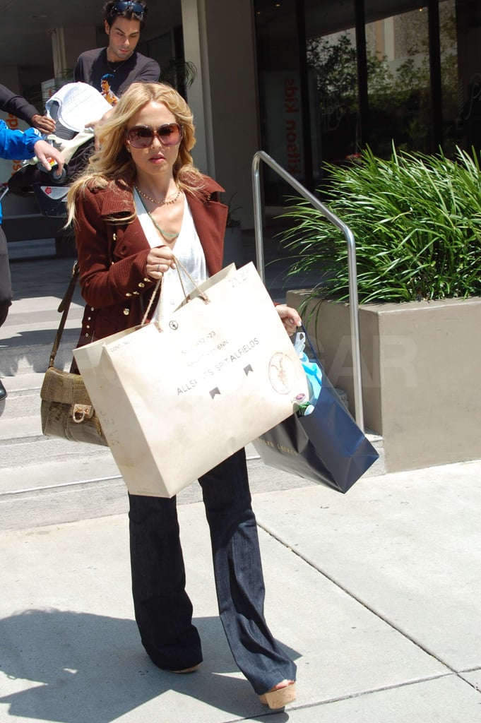 Rachel Brings Baby Skyler and Buddy Joey Along For a Shopping Trip