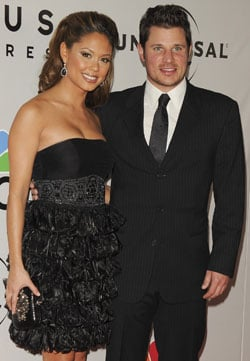 Nick Lachey and Vanessa Minnillo Get Engaged 2010-11-04 15:28:40