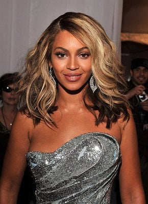 Beyonce's Hair and Makeup at the 2008 Grammys