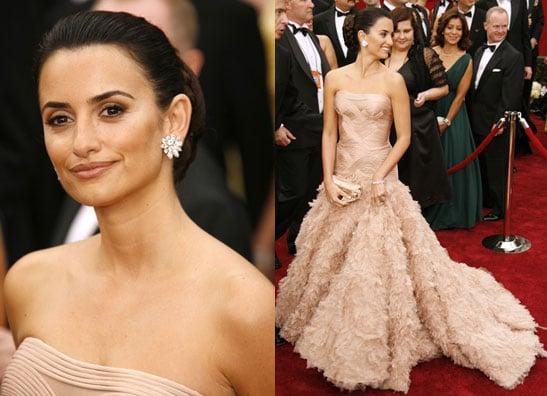Oscars Red Carpet: Penelope Cruz