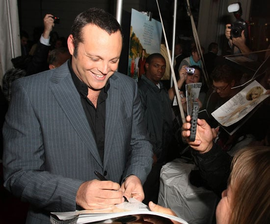 Slide Photo of Vince Vaughn Signing Autographs at Couples Retreat Premiere