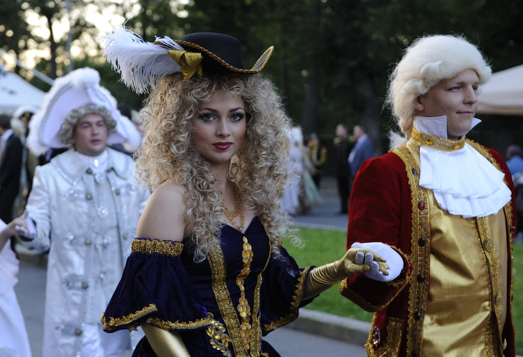 "Actors were on hand at the ""Russian Versailles"" to entertain world leaders."