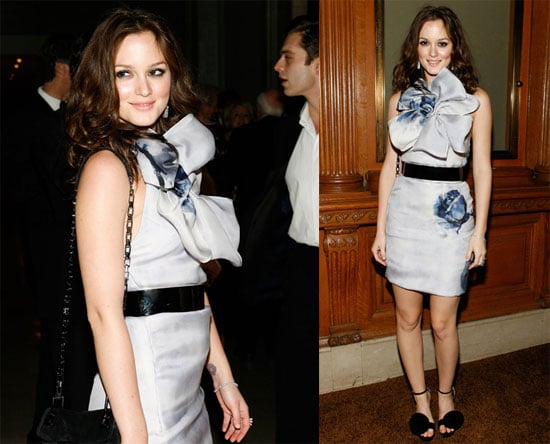 Photos of Leighton Meester at the NYC Public Library 2009-11-03 16:00:36