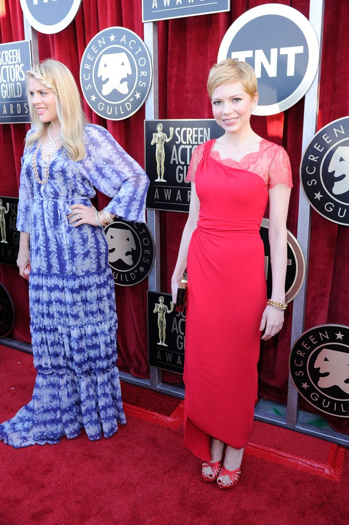 Busy Philipps posed alongside Michelle Williams at the 2012 SAG Awards.
