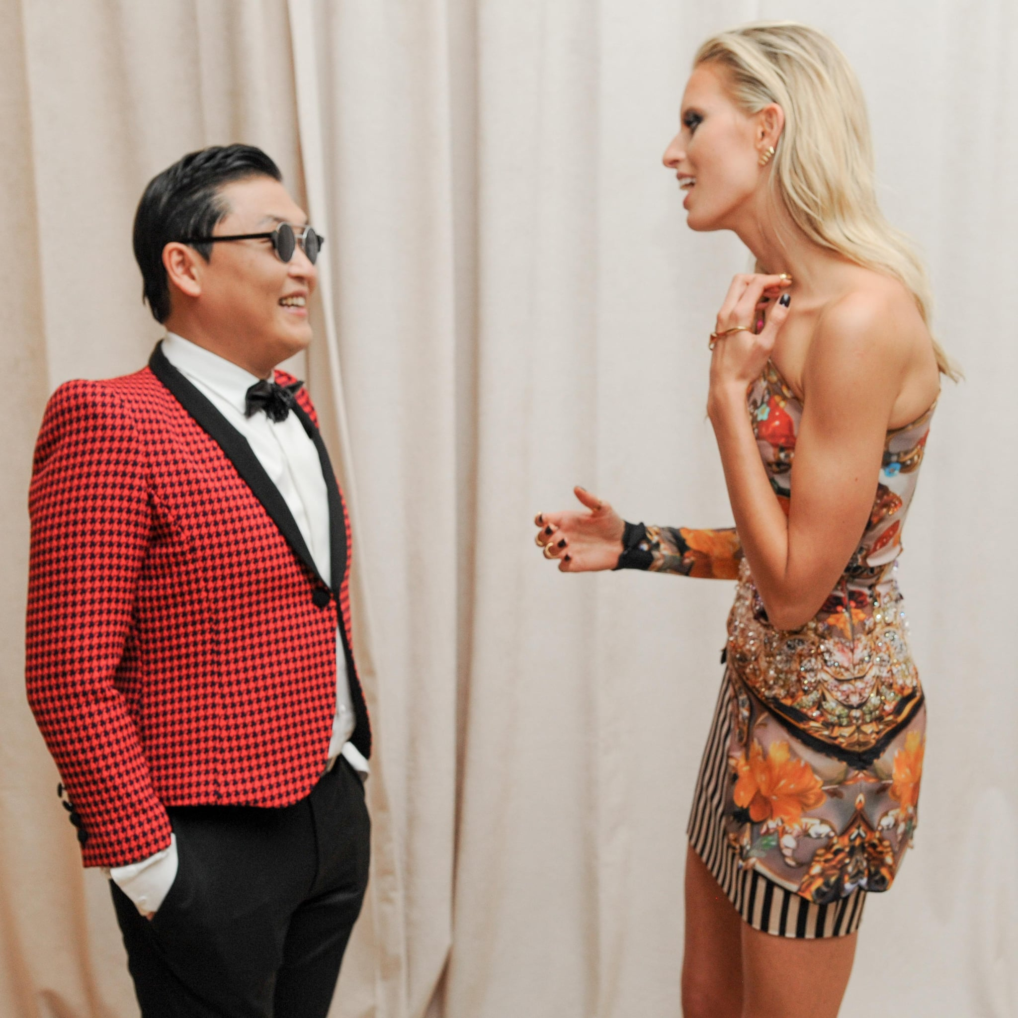 Psy and Karolina Kurkova chatted before heading into dinner at the Met.  Source: Billy Farrell/BFANYC.com