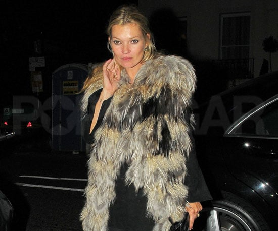 Slide Picture of Kate Moss in London 2010-09-17 14:30:00