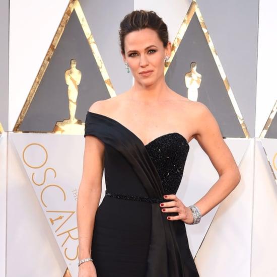 Jennifer Garner Talking About Her Oscars 2016 Dress