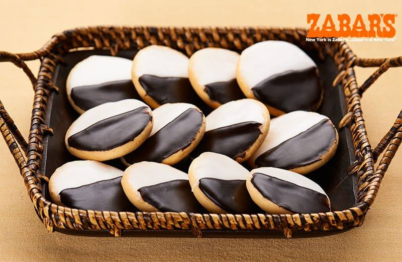 New York: Black and White Cookies