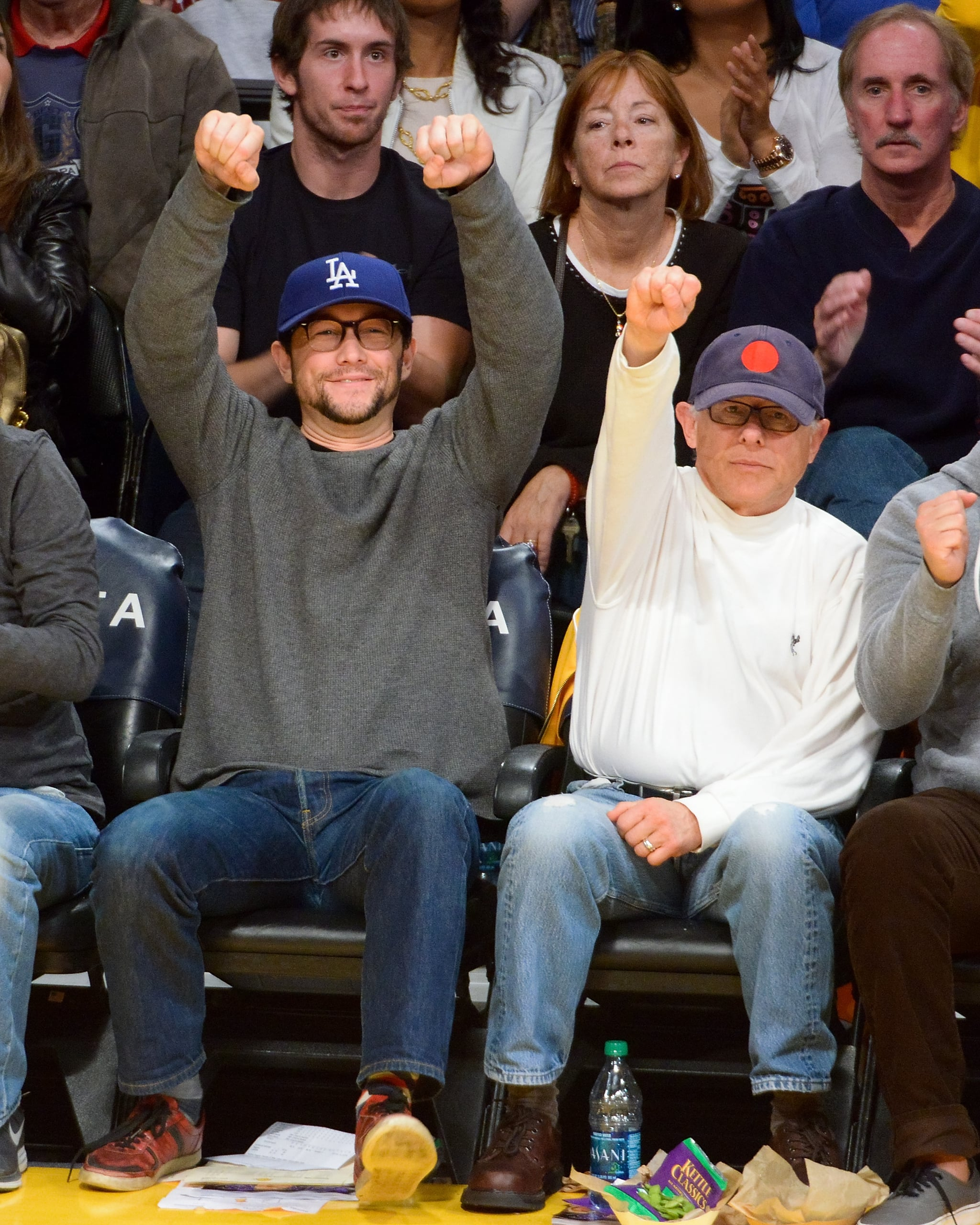 Joseph Gordon-Levitt cheered on the LA Lakers with his dad, Dennis, in January 2013.