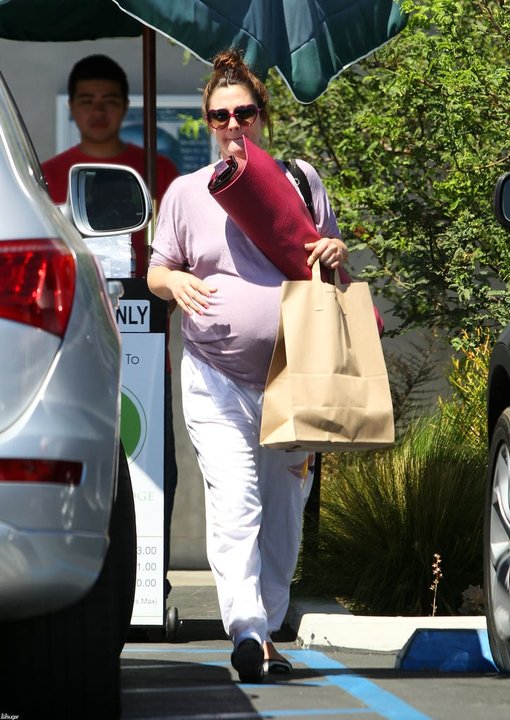 In the final weeks of pregnancy, Drew Barrymore was spotted attending yoga classes near her home.