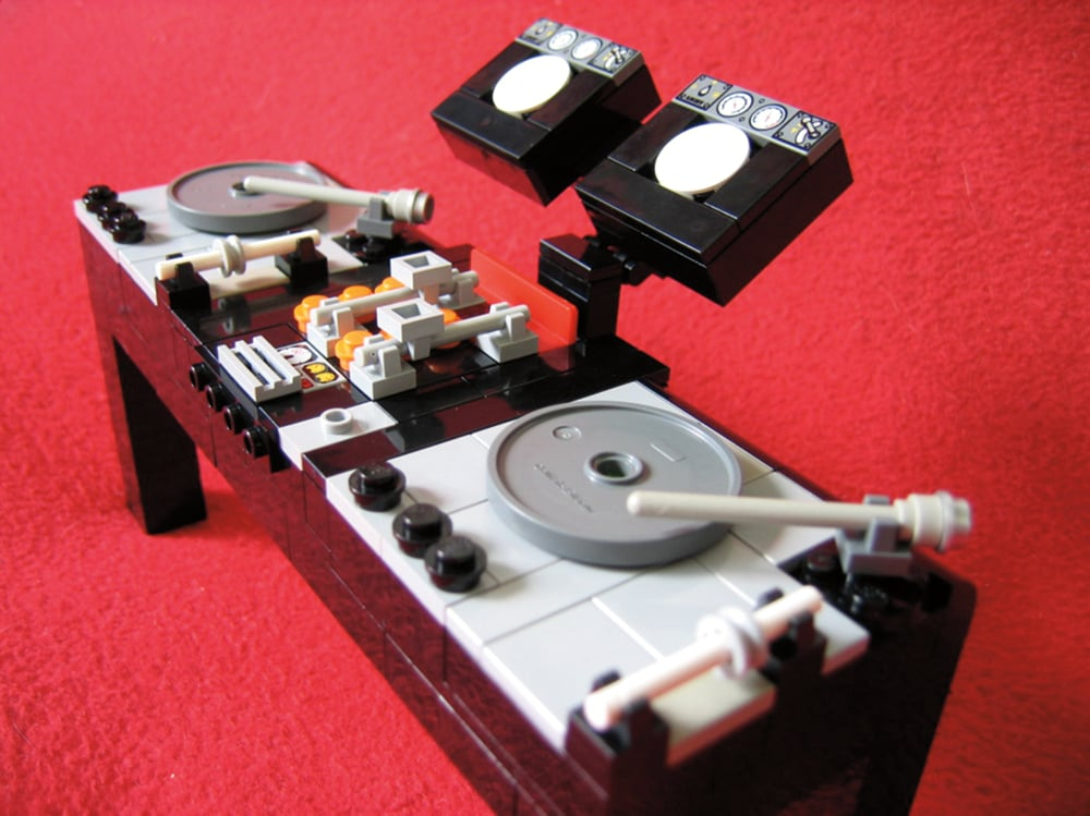 """A familiar scene for people that live on the 1s and 2s is the """"DJ Console"""" — brick form. Source: DJ Console (2007) © Kevin Guoh"""