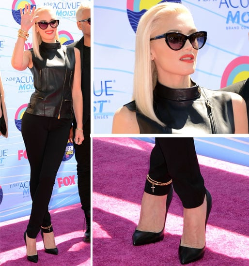 Pictures of Gwen Stefani on the Red Carpet at the 2012 Teen Choice Awards: Rate or Hate Her Glam Rock Look?