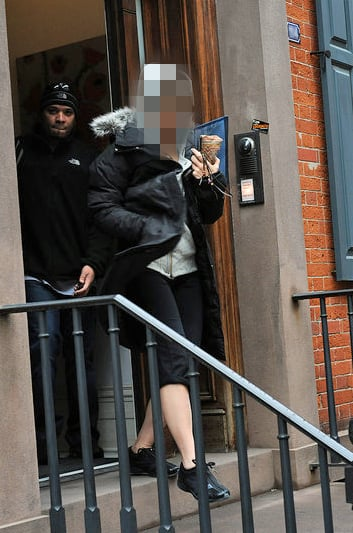 Celebrity Leaving Her New York Apartment in Workout Clothing