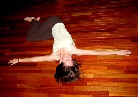Stretch It: Eagle Spinal Twist