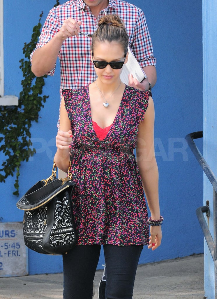 Pregnant Jessica Alba Steps Out For School With Cash Warren
