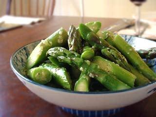 Springtime Side: Sauteed Asparagus