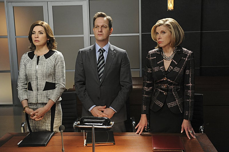 The Good Wife What happens:  Zach spots an unsealed ballot box, and everyone scrambles to find it, because the results could actually be ruinous to Peter's campaign. Alicia gets an unknown guest, which turns out to be Cary.  Most shocking moment: Cary doesn't show up for an affair, but rather to ask Alicia to join his new firm.