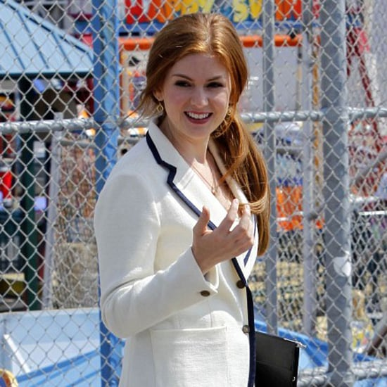 Pictures of Isla Fisher Filming Bored to Death