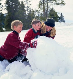 Holiday Fit Tip: Get the Kids Outside