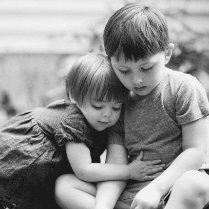 Tips For Photographing Siblings