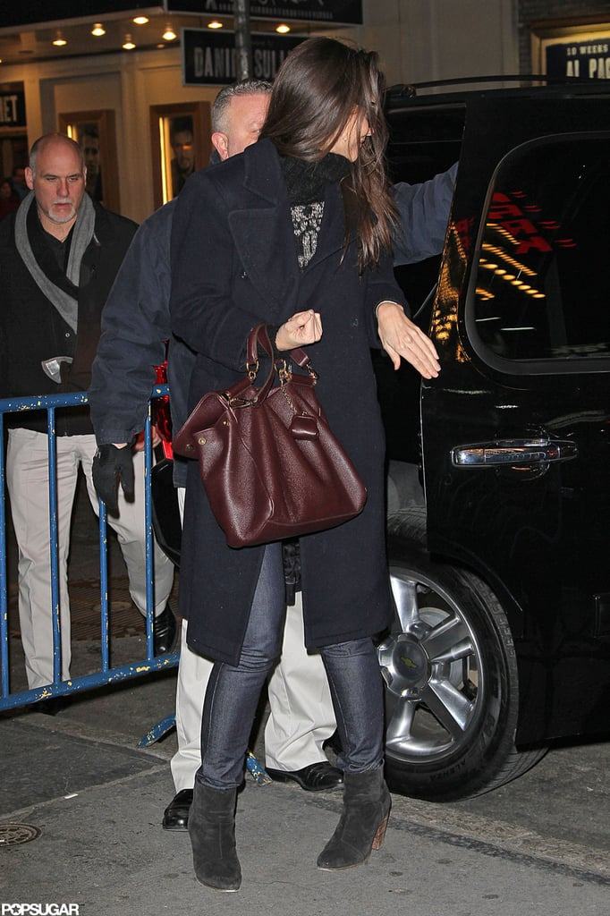 Katie Holmes got out of the car and headed into her Broadway show.