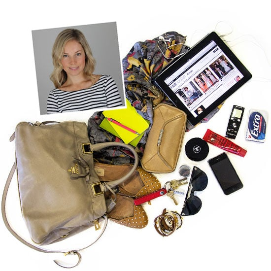 See What's Inside the FabSugar Editor's Handbag: Flats, Sunnies, Ipad, Lucas' Paw Paw Ointment and More!