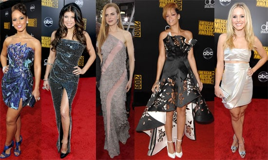 Photos of the 2009 American Music Awards Ladies Red Carpet