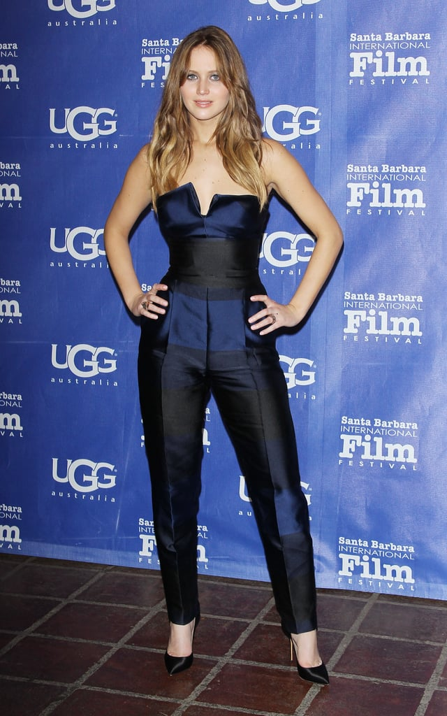 Jennifer Lawrence Dons a Chic Look to Take Home an Outstanding Honour