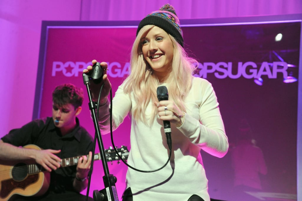 Ellie Goulding stepped onto the stage to perform a stripped-down set.