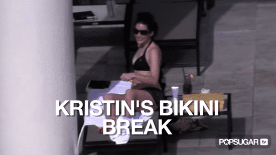 Video of Kristin Davis in a Bikini in Hawaii 2010-10-20 14:08:16