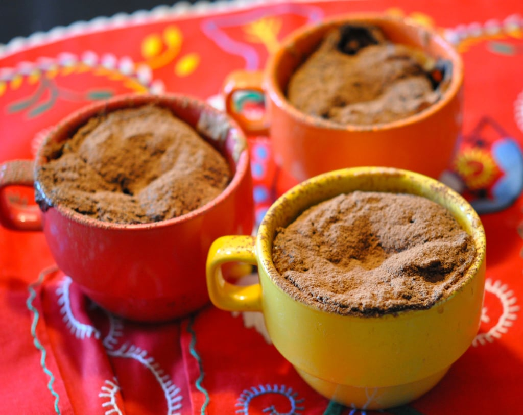 Cupped Cake with Chocolate and Coffee