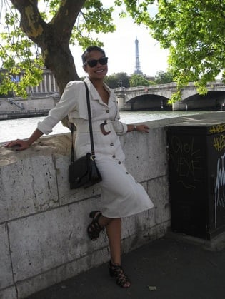 Look of the Day: Parisian Chic
