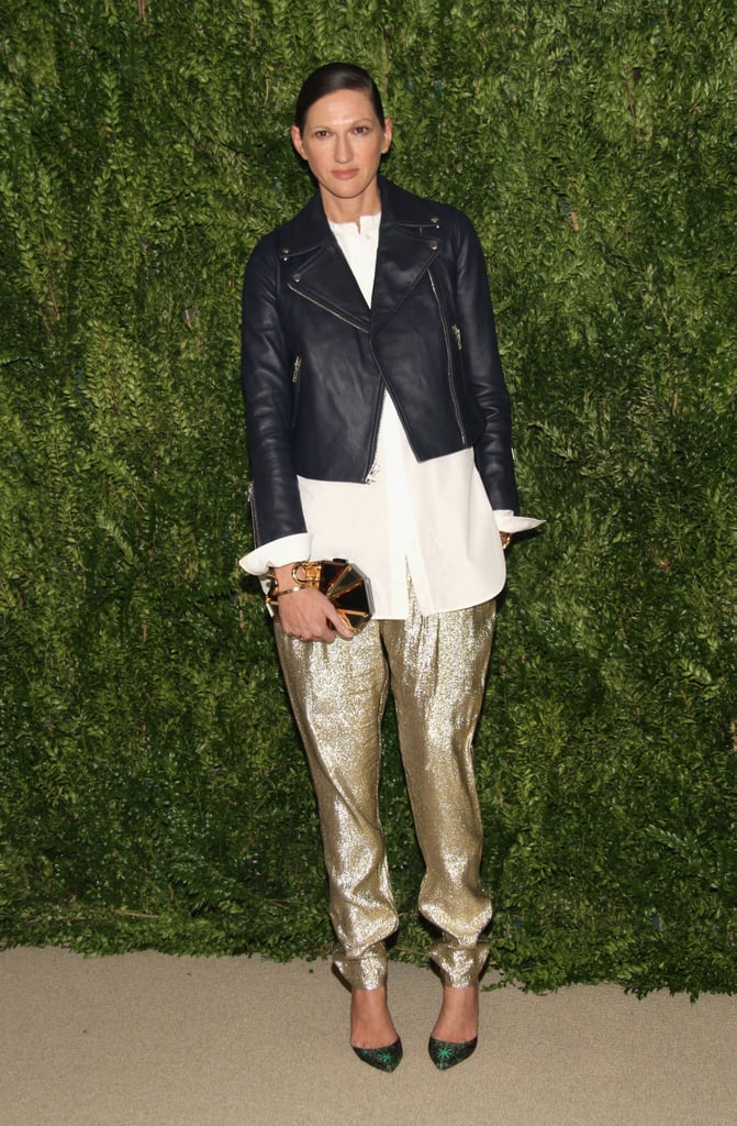 Another Lyons favorite came out to play: metallic gold pants! She dressed them down with a leather jacket, the ultimate cool-girl styling trick.