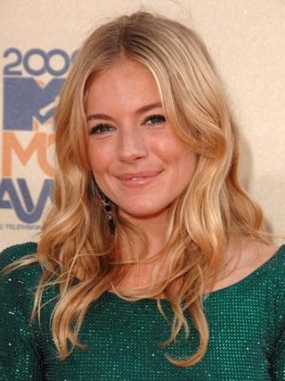 Sienna Miller at MTV Movie Awards 2009