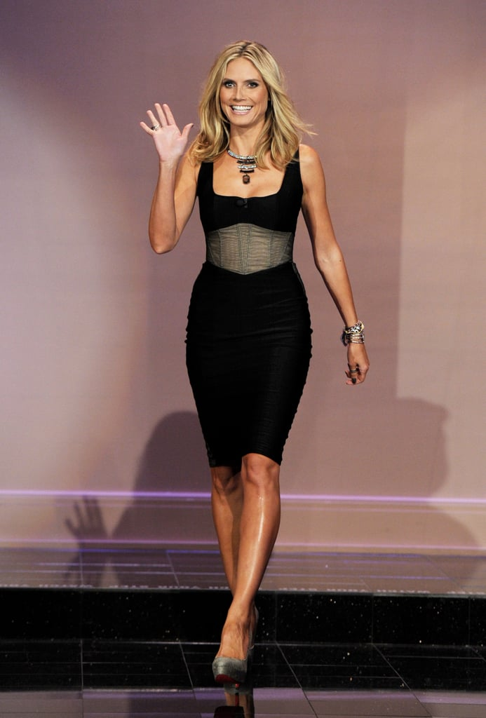 Heidi Klum looked amazing in a black corset dress while visiting the The Tonight Show With Jay Leno.