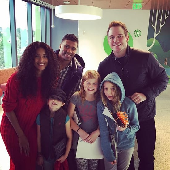 Chris Pratt Volunteers at Children's Hospital December 2015