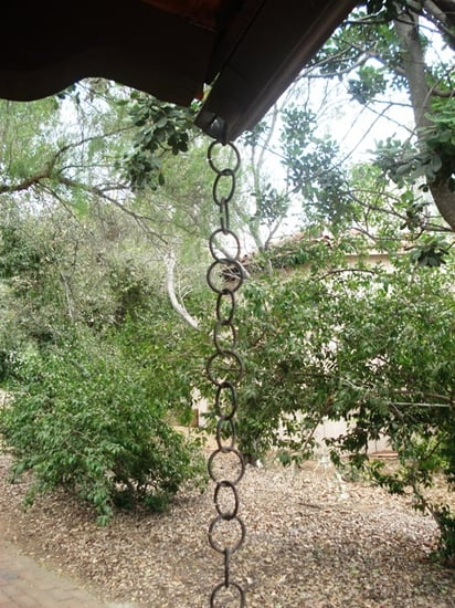 Casa Quickie: A Softening Rain Chain