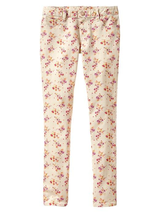 The sweet print on these Gap Skinny Floral Jeans ($35) reminds us of our favorite Laura Ashley jumpers from middle school.
