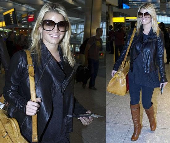 Photos of Jessica Simpson at Heathrow